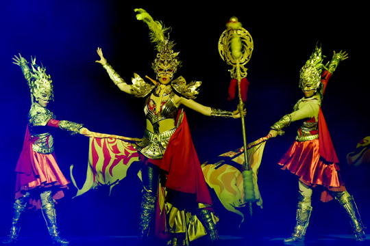 The Golden Mask Dynasty Show